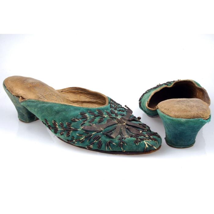 turkey, turkish, slippers, moesgaard museum, de etnografiske samlinger, ethnography, collections, museum, aarhus, denmark