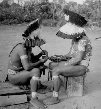 medicinmaend-med-txamatxama-1957