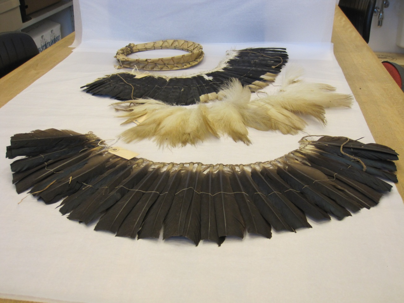 txamatxama, Katxuyana, feather headdress, adornment, amazon, brazil, moesgaard museum, de etnografiske samlinger, ethnography, collections, museum, aarhus, denmark