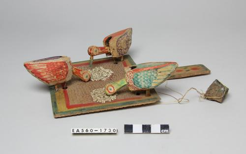toy, madagascar, bird, chicken, moesgaard, ethnography, collection, museum, woodwork, home made