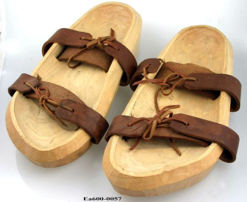 Switzerland, sandals, shoes, feet, ethnography, anthropology, tuxen, collections, shoe collection