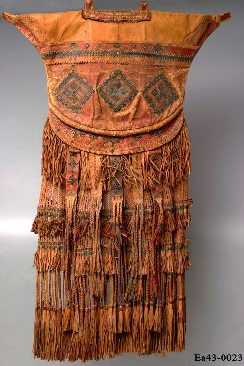 Dickson, Kuwait, bedouin, falcon, moesgaard museum, desert, momu, anthropology, ethnography, collections, camel, saddlebag, saddle, Arab, Arabian, British, colonial